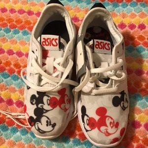 ASICS Mickey sneaker